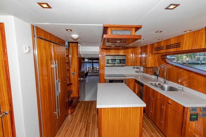 Galley  2013 HATTERAS  Motor Yacht 2711362