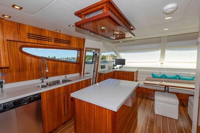 Galley 2013 HATTERAS  Motor Yacht 2711365