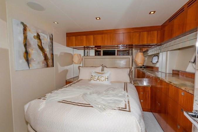 VIP Port  2013 HATTERAS  Motor Yacht 2711396