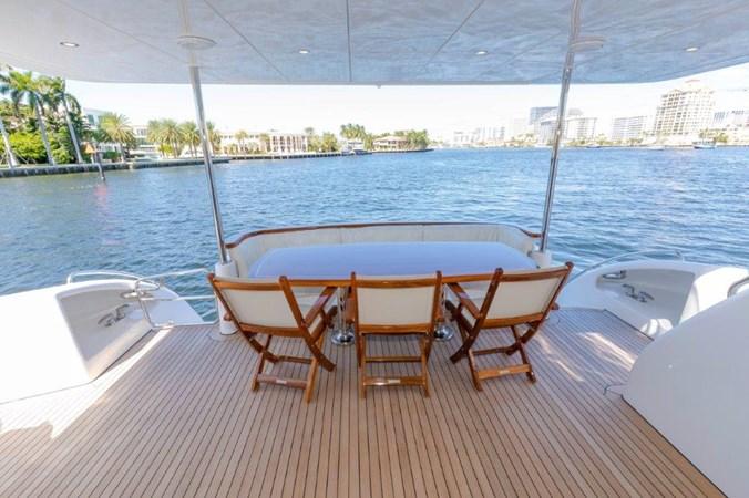 Aft Deck 2013 HATTERAS  Motor Yacht 2711406