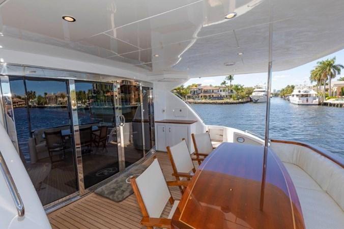 Aft Deck  2013 HATTERAS  Motor Yacht 2711414