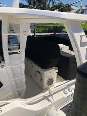 116 2018 BOSTON WHALER  Motor Yacht 2712017