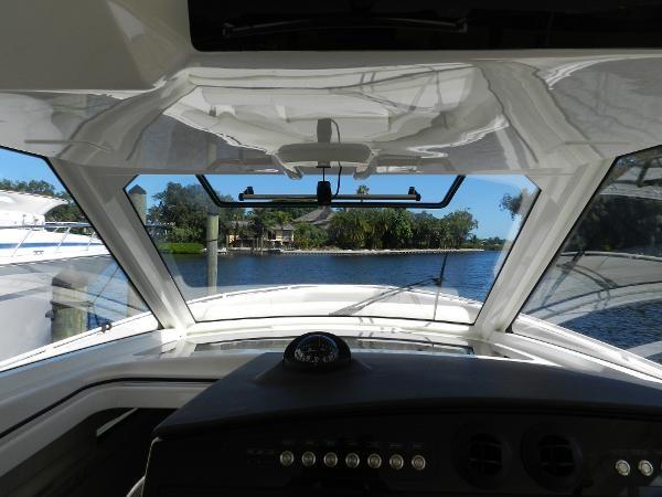 40 2018 BOSTON WHALER  Motor Yacht 2712068
