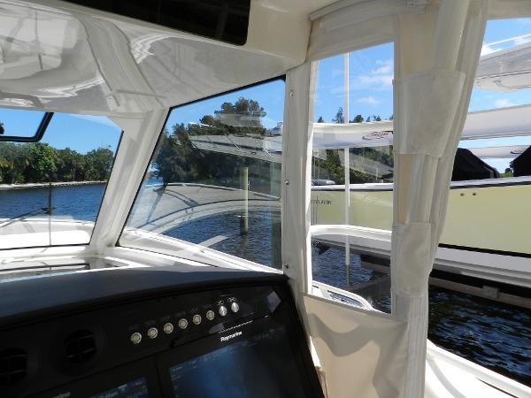 41 2018 BOSTON WHALER  Motor Yacht 2712069