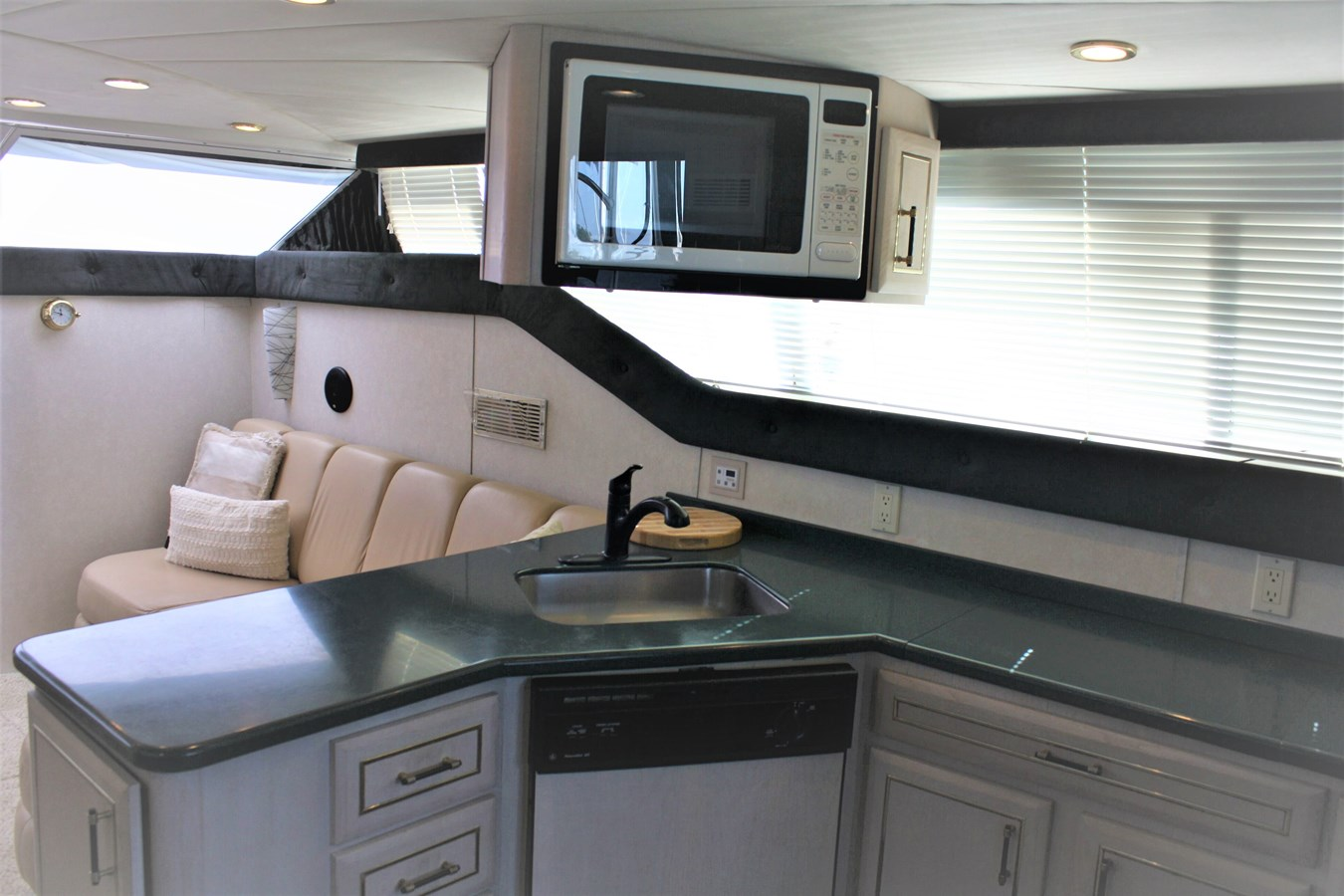 19 - 47 MAINSHIP For Sale