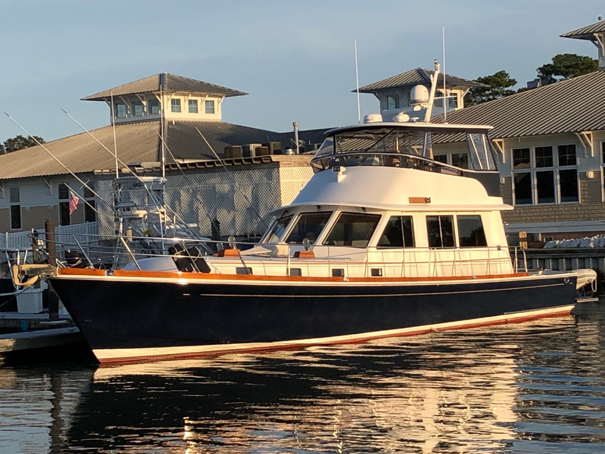 109 - 58 GRAND BANKS For Sale