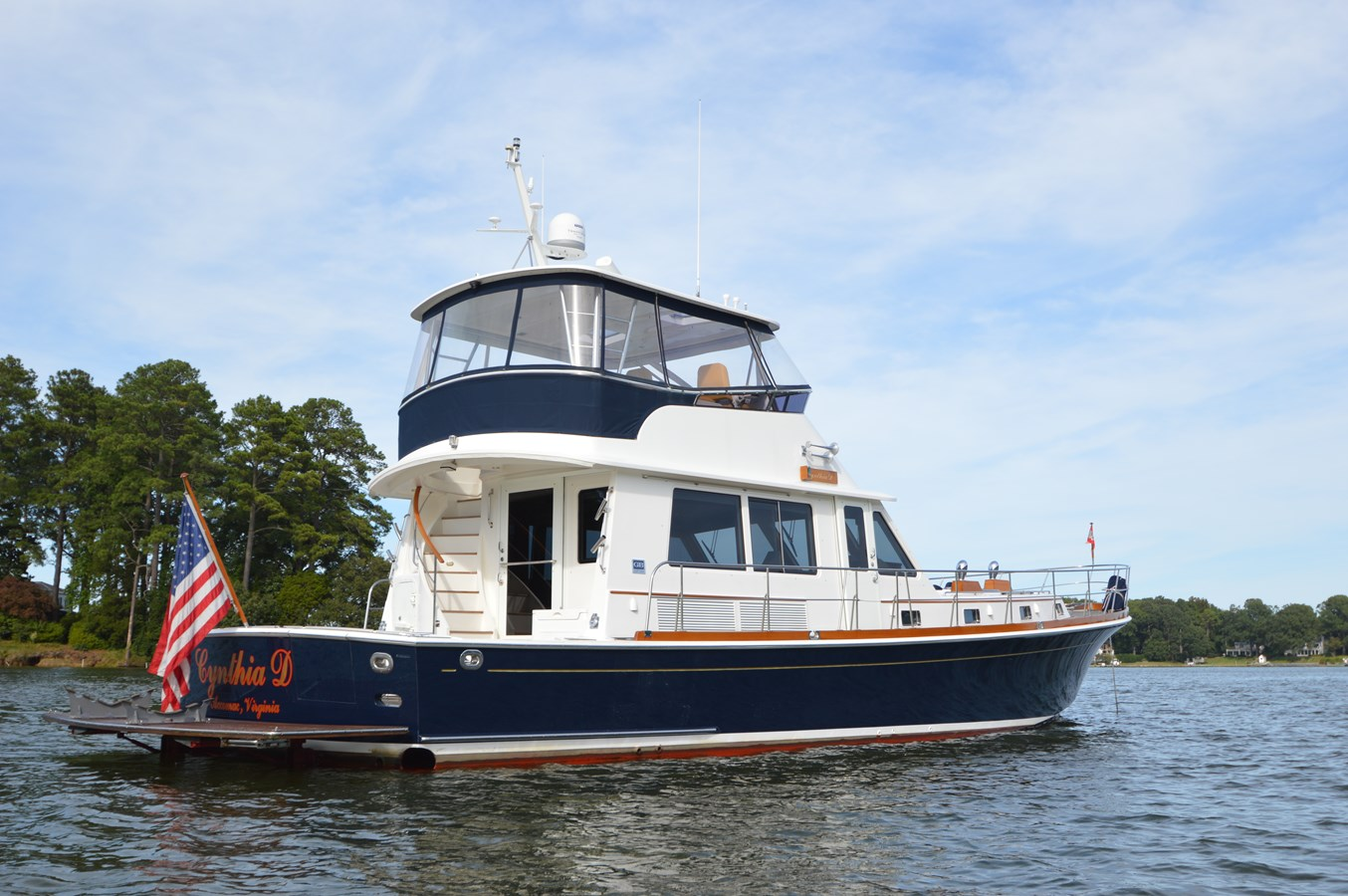 3 2004 GRAND BANKS 58 Eastbay Motor Yacht 2713660