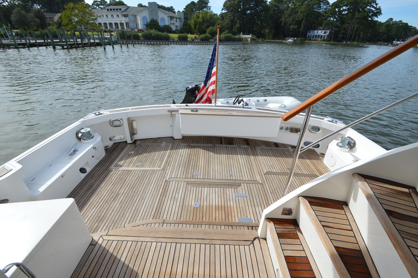 27 - 58 GRAND BANKS For Sale