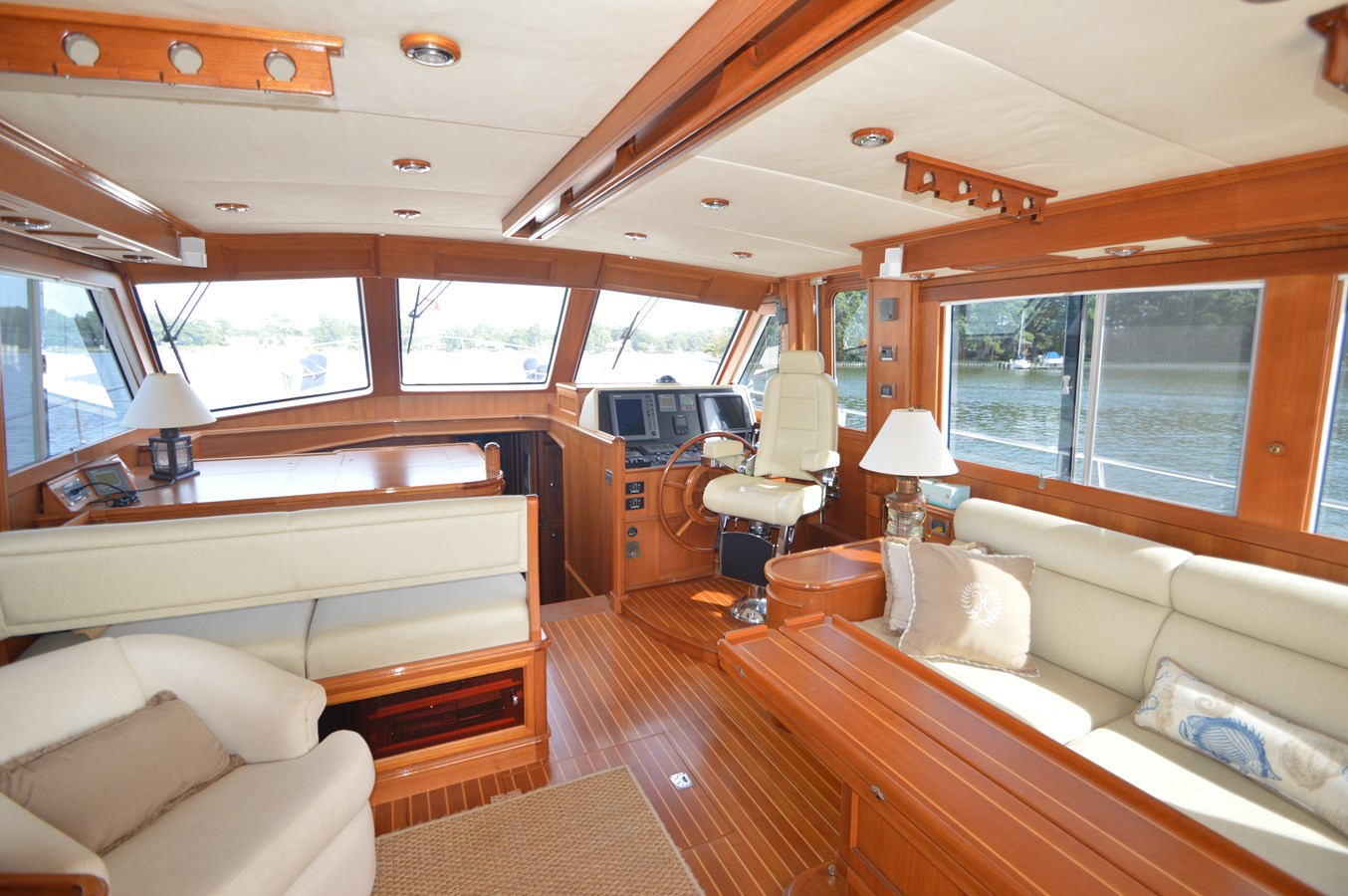 41 - 58 GRAND BANKS For Sale