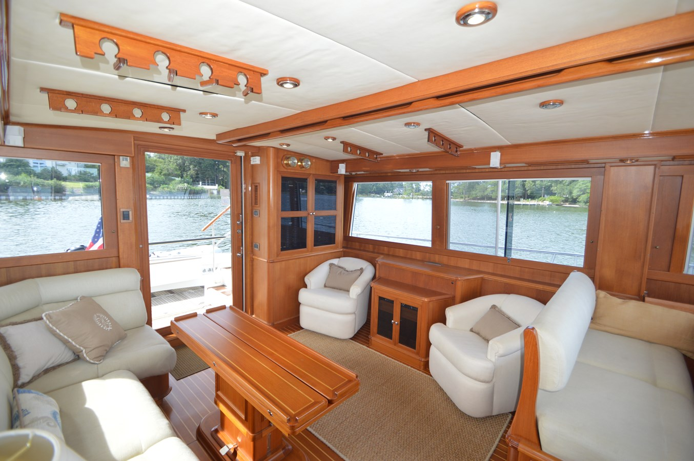 43 - 58 GRAND BANKS For Sale