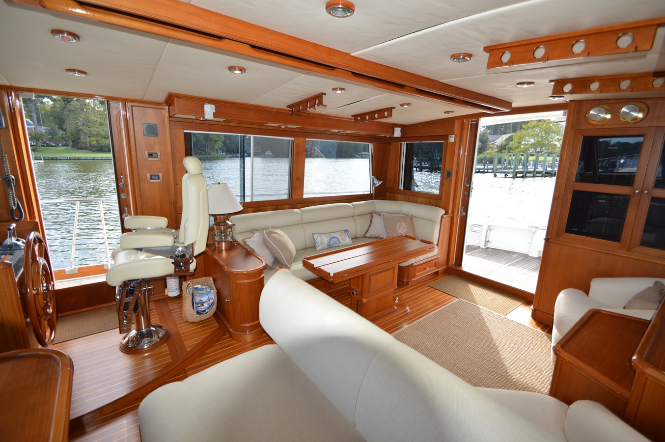 50 - 58 GRAND BANKS For Sale