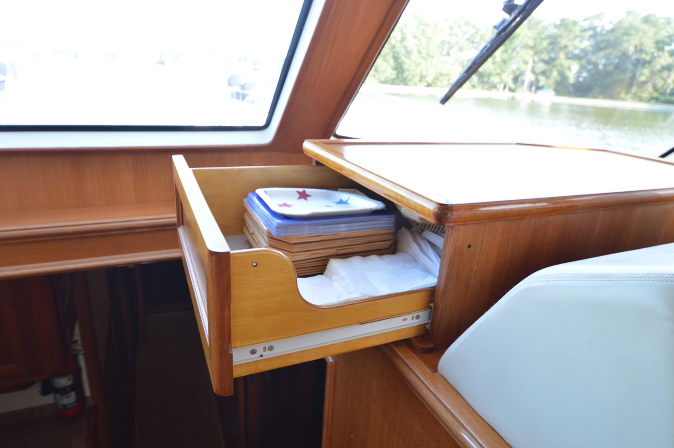 54 2004 GRAND BANKS 58 Eastbay Motor Yacht 2714779