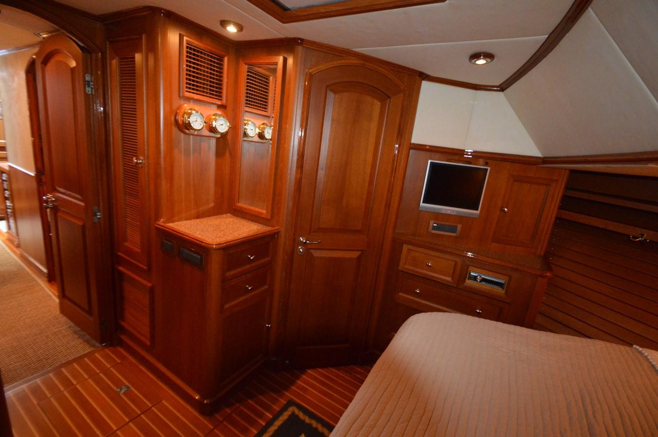 59 2004 GRAND BANKS 58 Eastbay Motor Yacht 2714784