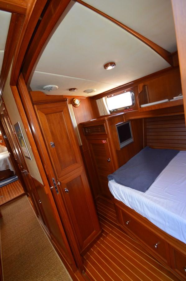 83 2004 GRAND BANKS 58 Eastbay Motor Yacht 2714809