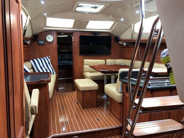IMG_5584 2010 HUNTER Center cockpit 50 Center Cockpit 2719950