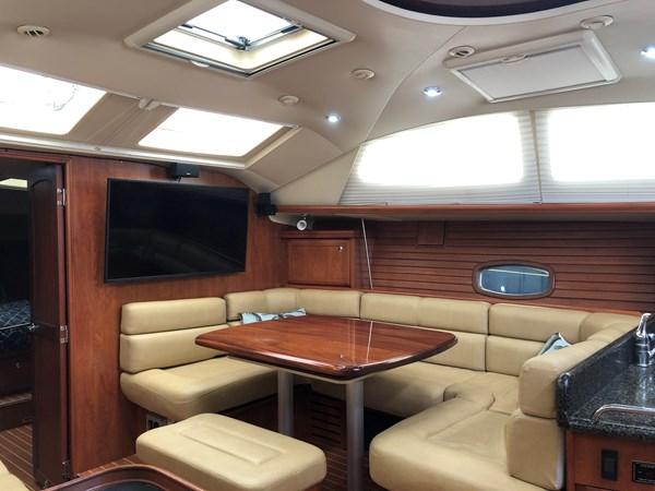 IMG_5572 2010 HUNTER Center cockpit 50 Center Cockpit 2719963
