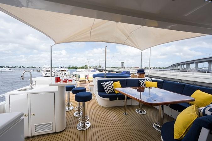 Boat Deck 2005 HARGRAVE Sky Lounge Motor Yacht 2716508