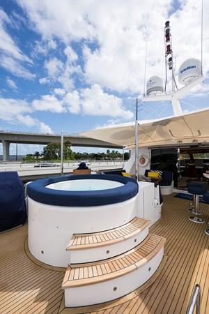 Boat Deck 2005 HARGRAVE Sky Lounge Motor Yacht 2716512