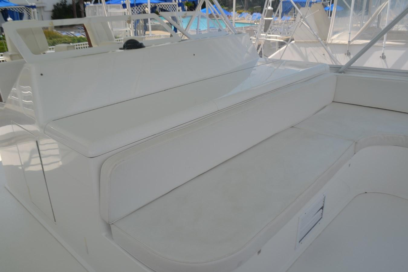 Flybridge 2005 VIKING Convertible Sport Fisherman 2715556