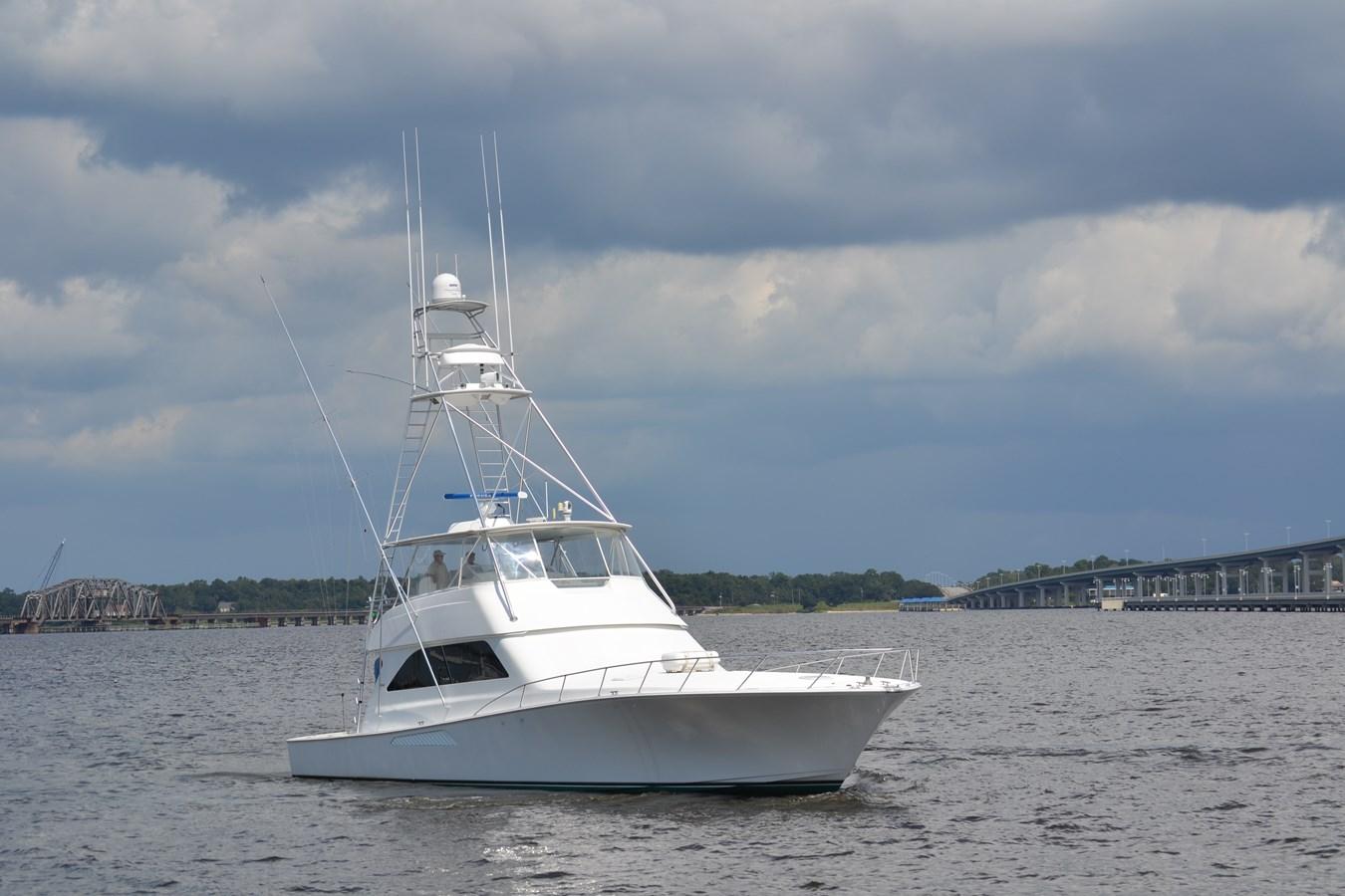 Silver Spray 2005 VIKING Convertible Sport Fisherman 2715578