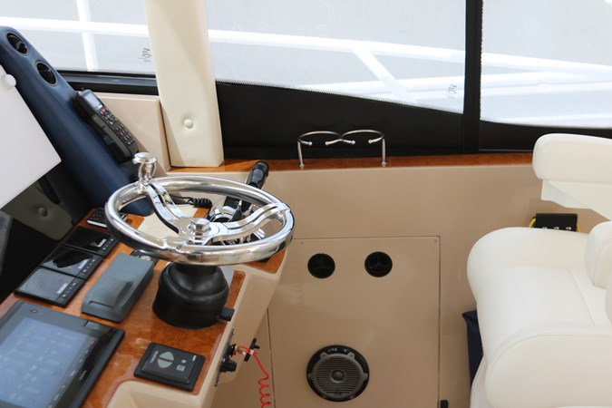 2016 INTREPID  Cruiser 2716590