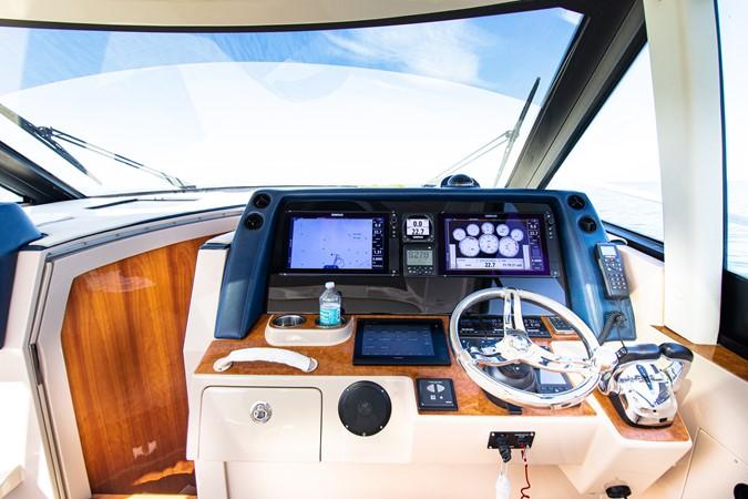 Canon - Flying Eagle III-27 2016 INTREPID  Cruiser 2732280