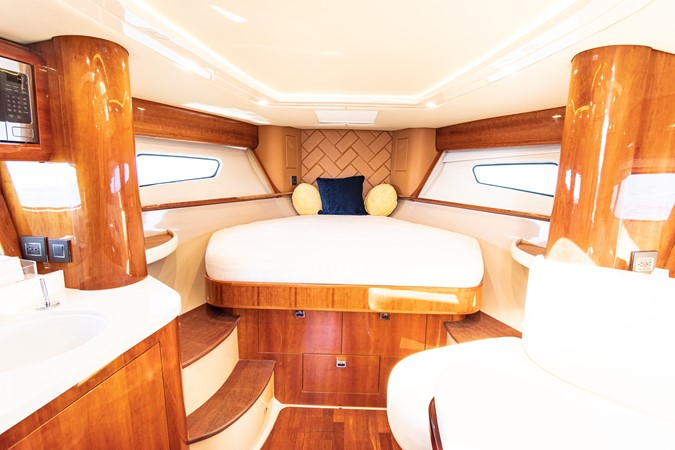 2016 INTREPID  Cruiser 2732302