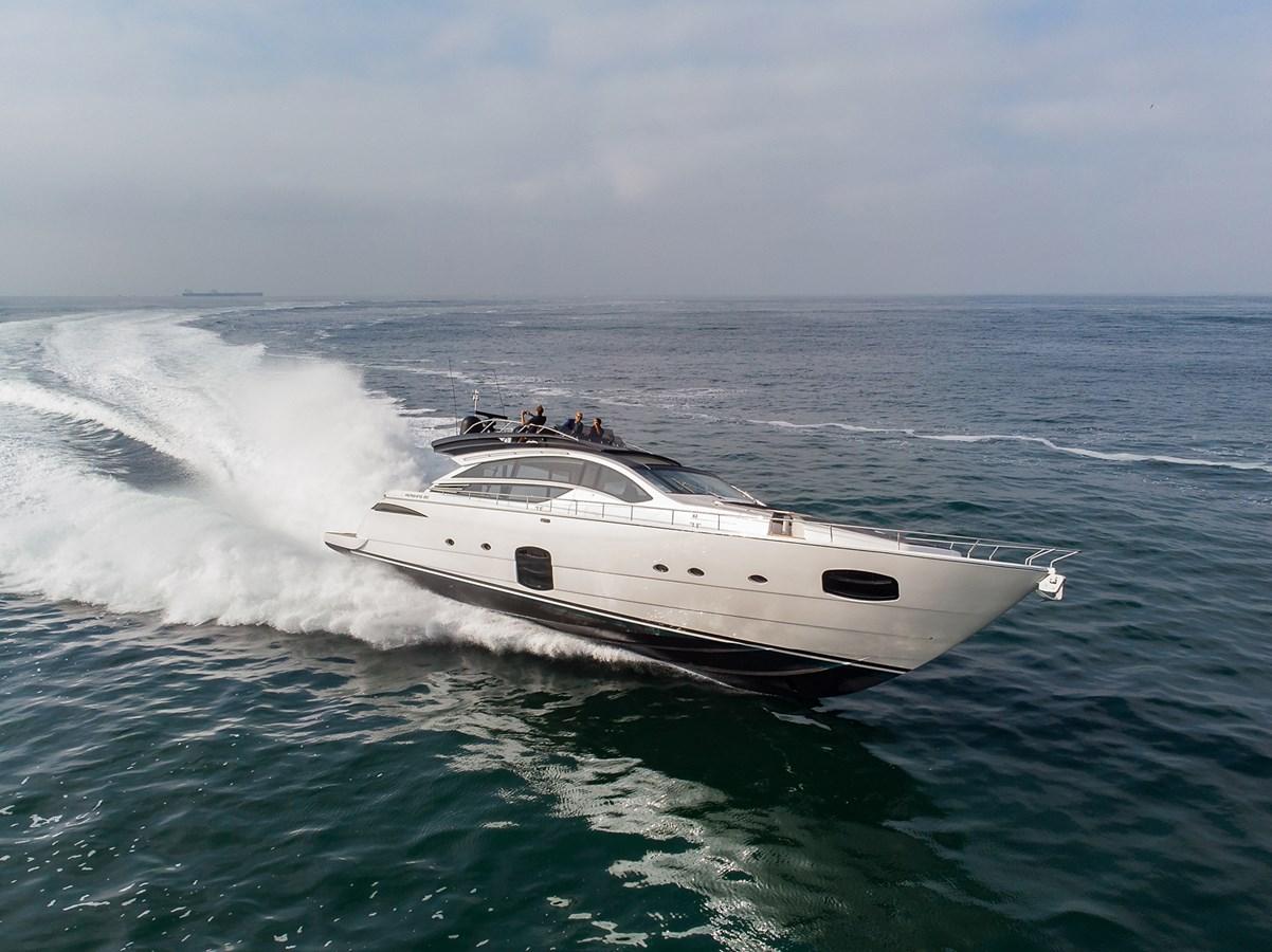 Profile  2017 PERSHING 82 VHP Motor Yacht 2717418