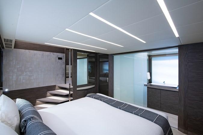 Master Stateroom 2017 PERSHING 82 VHP Motor Yacht 2717506