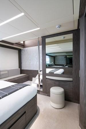 Master Stateroom 2017 PERSHING 82 VHP Motor Yacht 2717509