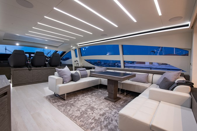 Salon 2017 PERSHING 82 VHP Motor Yacht 2717534