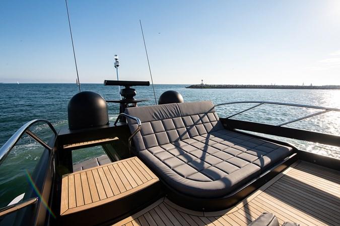 Flybridge 2017 PERSHING 82 VHP Motor Yacht 2718535