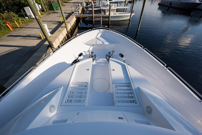 Kaleen_bow_5 2008 WESTPORT  Motor Yacht 2718056
