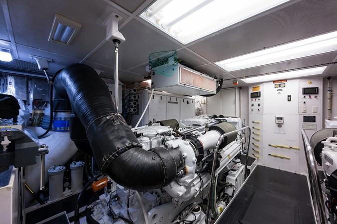 Kaleen_engine_room_3 2008 WESTPORT  Motor Yacht 2718100