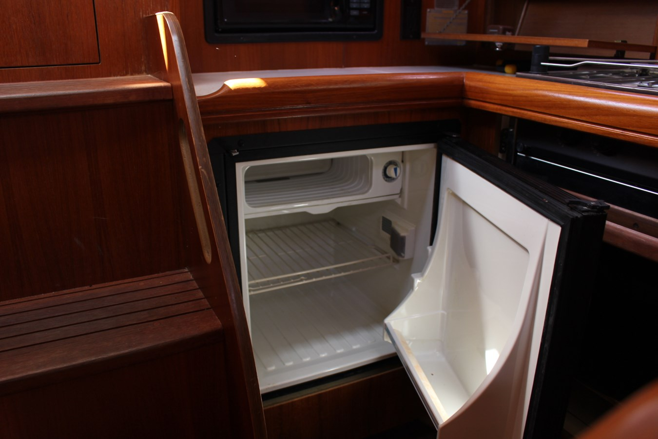 Galley Refrigerator 2006 HUNTER Aux/Sail Sloop 2719591