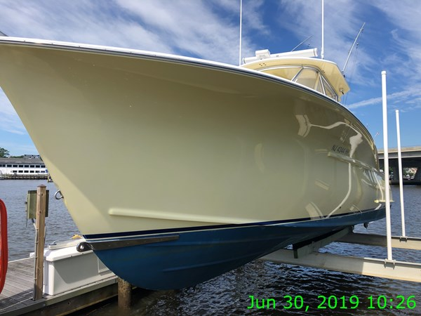 IMG15589 2007 JARRETT BAY 32 Walkaround Open Express Sport Fisherman 2720197