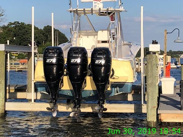 IMG15666 2007 JARRETT BAY 32 Walkaround Open Express Sport Fisherman 2720200