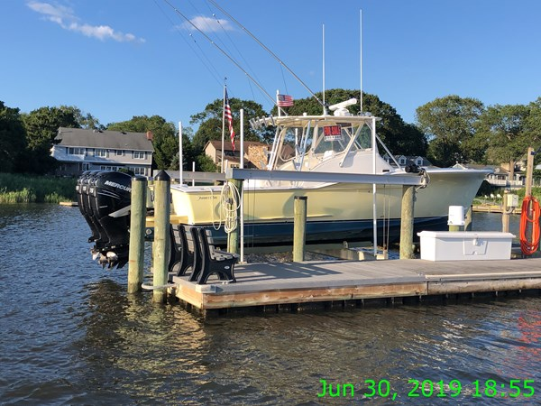 IMG15667 2007 JARRETT BAY 32 Walkaround Open Express Sport Fisherman 2720210