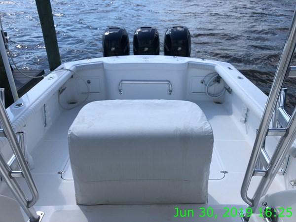 IMG15660 2007 JARRETT BAY 32 Walkaround Open Express Sport Fisherman 2720228