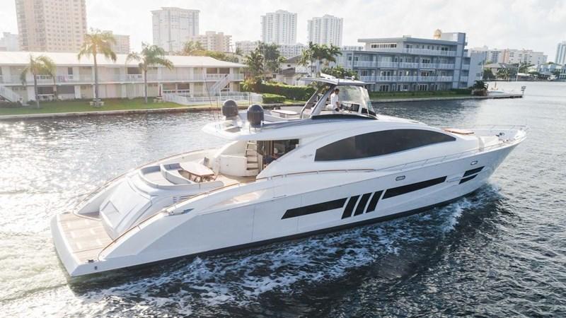 7241754_20191005232055493_1_XLARGE 2012 LAZZARA LSX 92 Motor Yacht 2780277