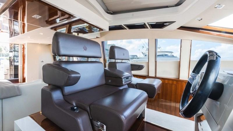 92' Lazzara 2012-Image73 2012 LAZZARA LSX 92 Motor Yacht 2780306
