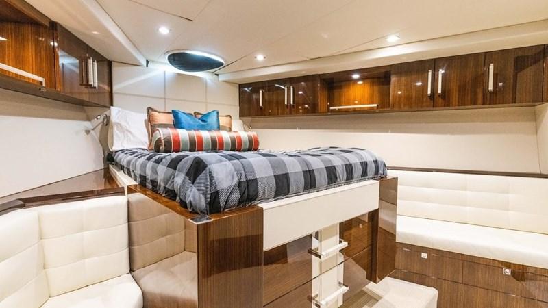 92' Lazzara 2012-Image68 2012 LAZZARA LSX 92 Motor Yacht 2780335