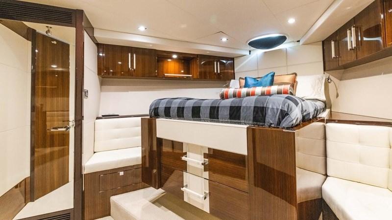 92' Lazzara 2012-Image67 2012 LAZZARA LSX 92 Motor Yacht 2780338