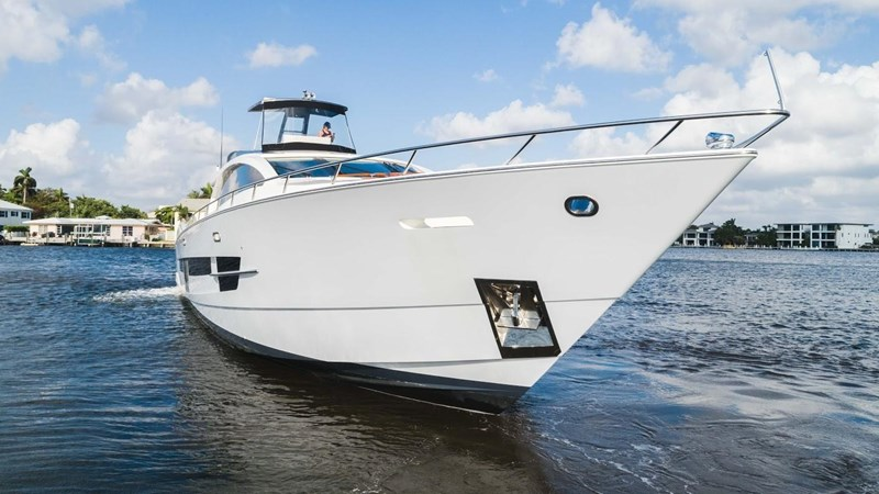 92' Lazzara 2012-Image13 2012 LAZZARA LSX 92 Motor Yacht 2780345