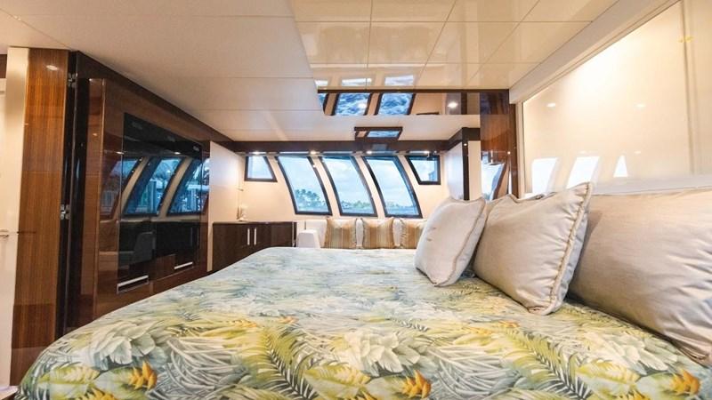 92' Lazzara 2012-Image20 2012 LAZZARA LSX 92 Motor Yacht 2780348
