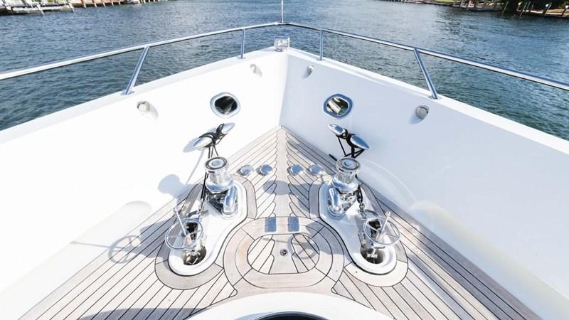 92' Lazzara 2012-Image55 2012 LAZZARA LSX 92 Motor Yacht 2780352