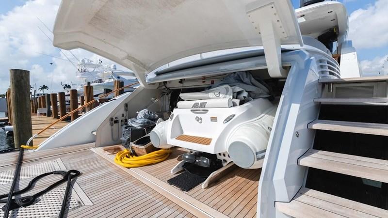 92' Lazzara 2012-Image87 2012 LAZZARA LSX 92 Motor Yacht 2780354