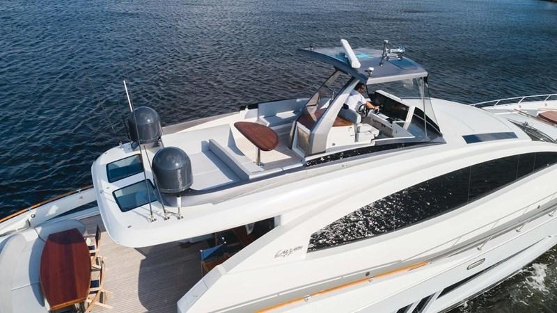 92' Lazzara 2012-Image11 2012 LAZZARA LSX 92 Motor Yacht 2780360