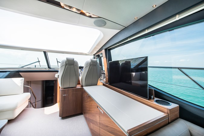 Salon 2017 PRINCESS YACHTS S65 Motor Yacht 2780865