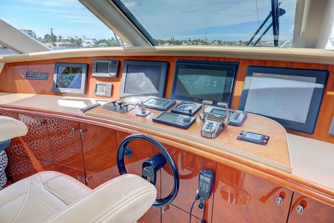 34 2006 LAZZARA 80 Skylounge Motor Yacht 2727525